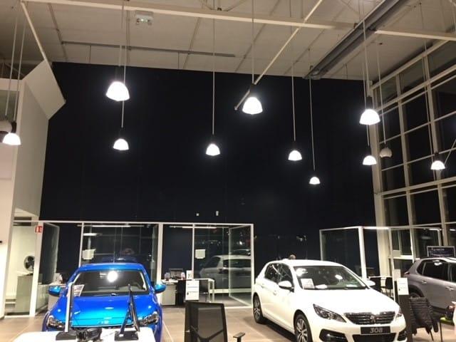 Mur noir show room